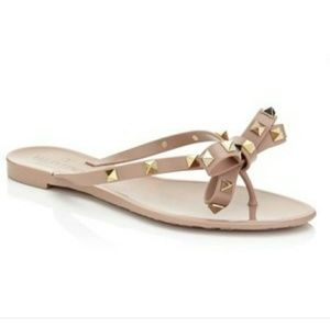Nude sandals size 9